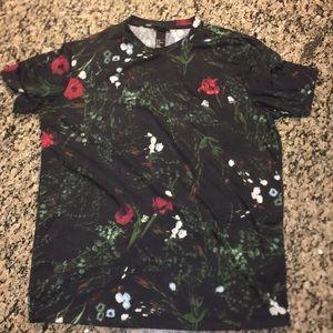 Men's H&M rose/vine design